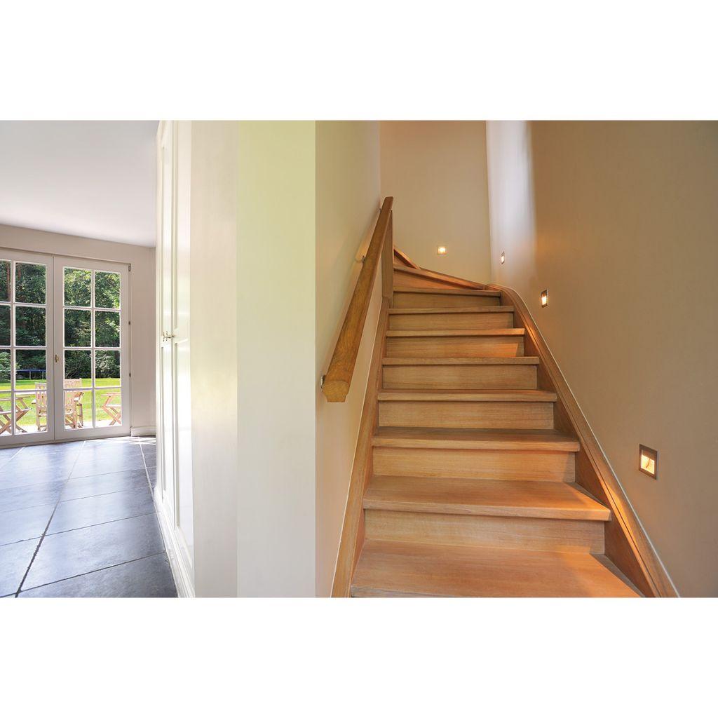 Silbergraues Treppeneinbaulicht FRAME CURVE Einbauleuchte ...