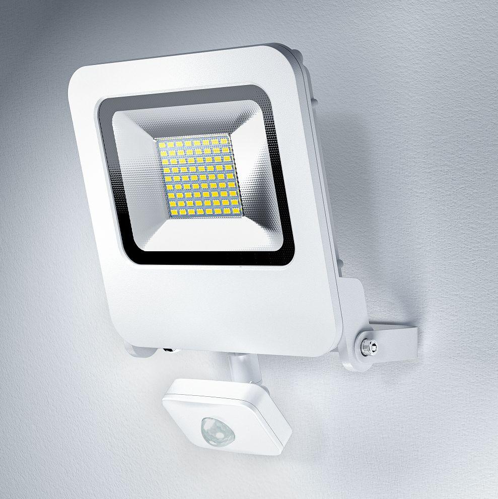 osram endura flood sensor led 50w wt 3000k. Black Bedroom Furniture Sets. Home Design Ideas